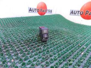 Кнопка на Toyota Ipsum ACM26 2AZ-FE