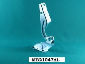 Петля капота на Mitsubishi Outlander CW4W, CW5W, CW6W MB21047AL