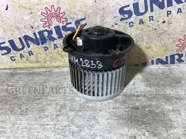 Мотор печки на Nissan Serena C25