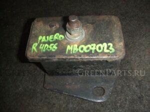 Подушка двигателя на Mitsubishi Pajero V24W 4D56 MB007023