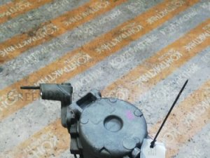 Насос кондиционера на Toyota Kluger V MCU25W 1MZFE