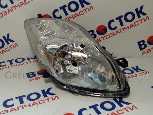 Фара на Toyota Vitz KSP90 52184