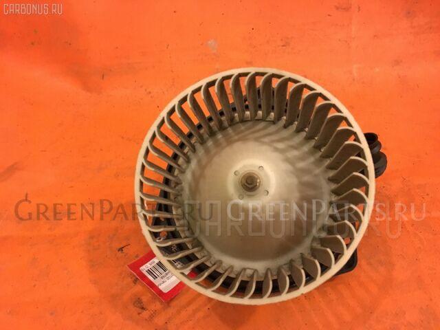 Мотор печки на Nissan Cube AZ10