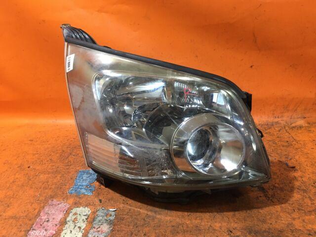 Фара на Toyota Noah ZRR70W 28-204