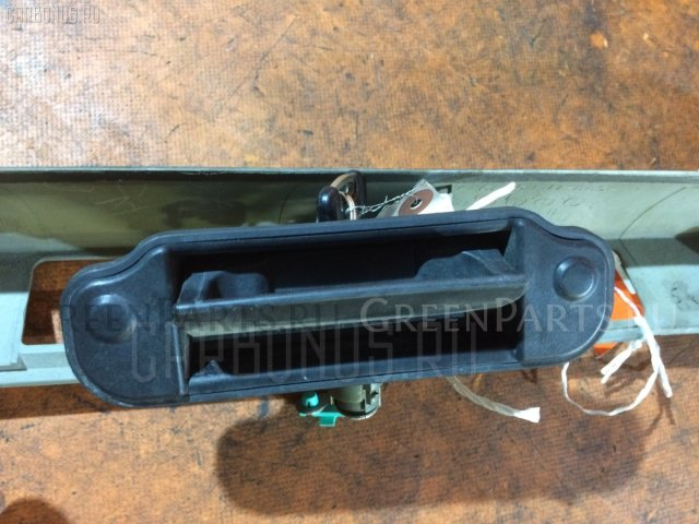 Ручка двери на Mazda Mpv LW5W