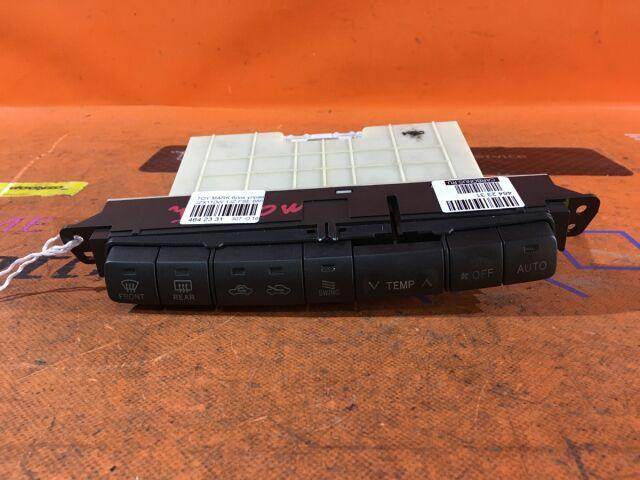 Блок управления климатконтроля на Toyota Mark II Blit JZX110W 1JZ-FSE