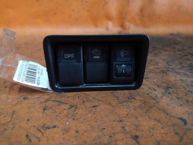 Кнопка корректора фар на Mazda Bongo SKF2V