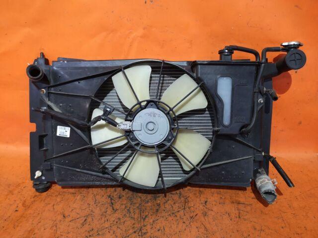 Радиатор двигателя на Toyota Corolla Fielder NZE124G, ZZE124G 1NZ-FE, 1ZZ-FE