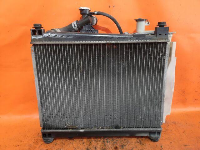 Радиатор двигателя на Toyota Funcargo NCP20, NCP21, NCP25 1NZ-FE, 2NZ-FE