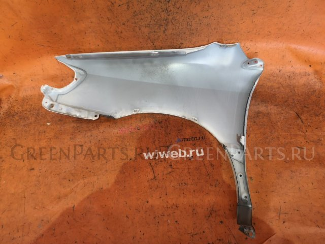 Крыло на Toyota Ipsum SXM10G