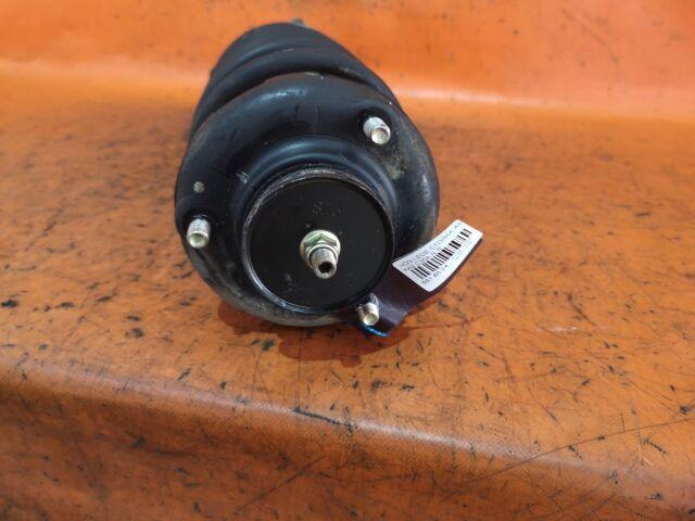 Стойка амортизатора на Honda Legend KA9 C35A