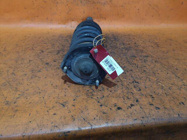Стойка амортизатора на Toyota Cresta GX100, GX90, JZX100, JZX90, LX100, LX90, SX90