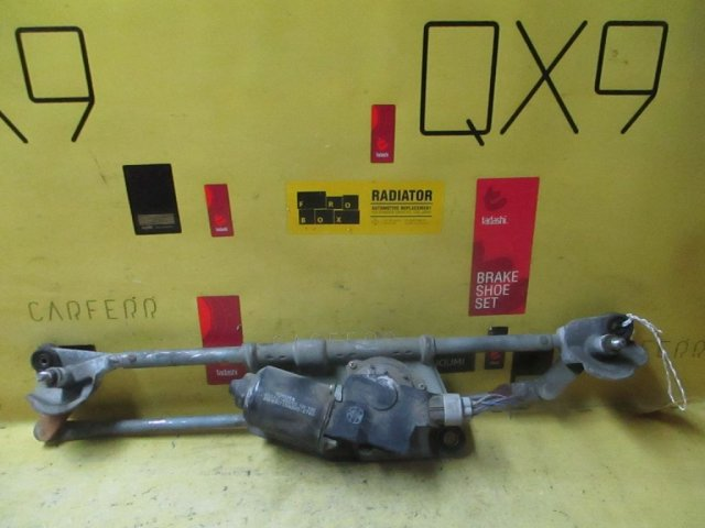 Мотор привода дворников на Toyota Raum EXZ10