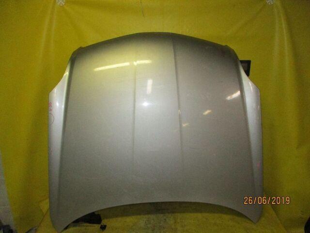Капот на Nissan Skyline V35