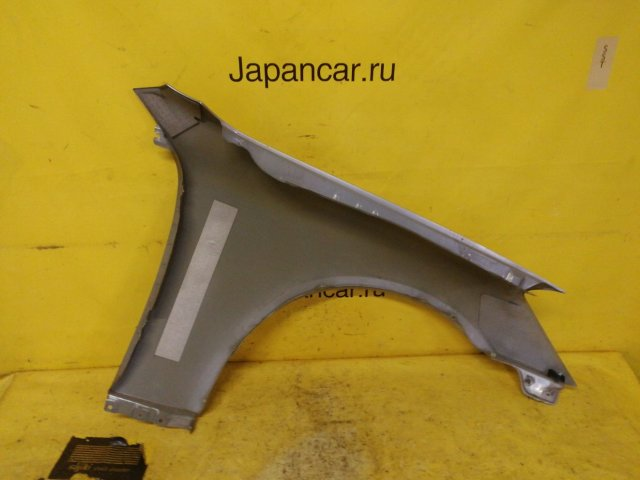 Крыло на Nissan Skyline V35