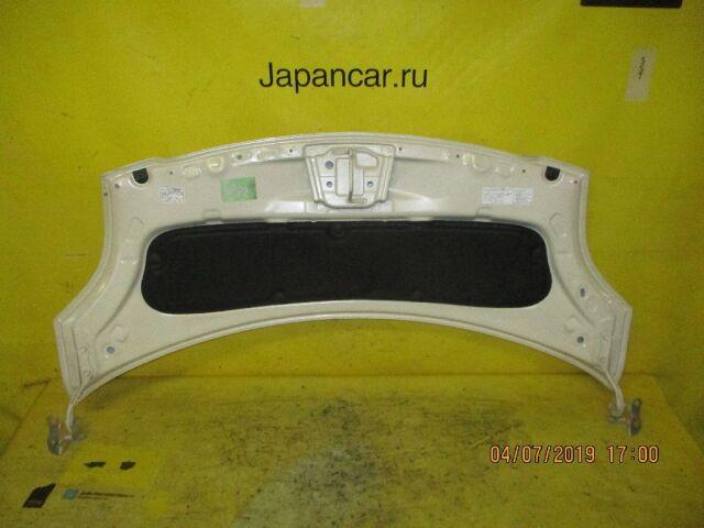 Капот на Toyota Vitz SCP90