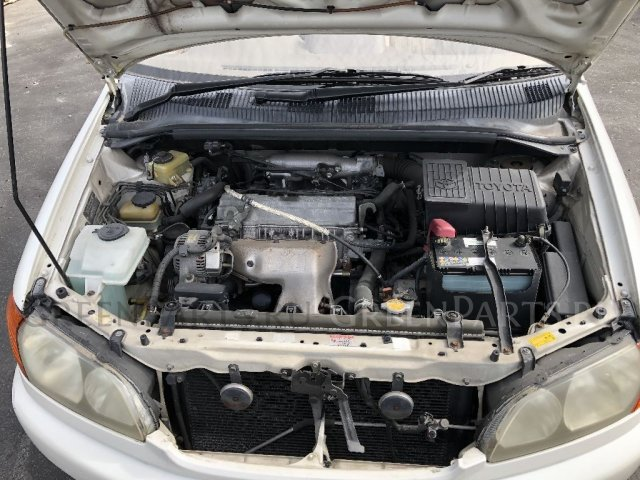 Капот на Toyota Ipsum SXM10G