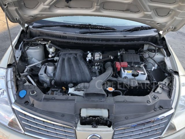 Крышка багажника на Nissan Tiida Latio SC11