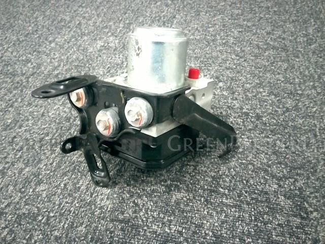 Блок abs на Honda VEZEL RU4 LEB-585