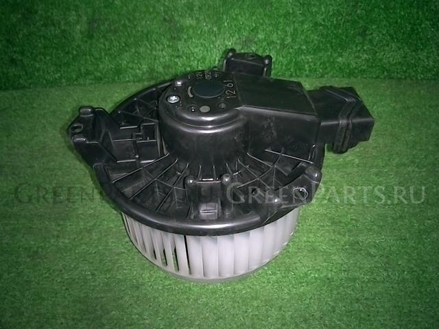 Мотор печки на Toyota Vitz NSP130 1NR-FKE