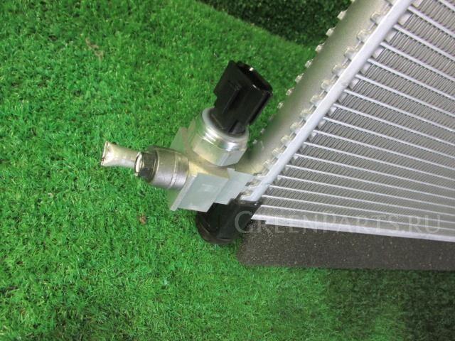 Радиатор кондиционера на Nissan NV 150 AD VY12 HR16DE