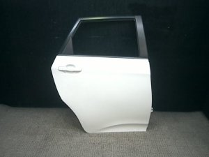 Дверь боковая на Toyota Ractis NCP120 1NZ-FE