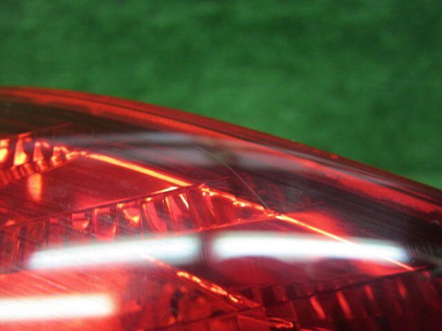Стоп-планка на Toyota Ipsum ACM21W