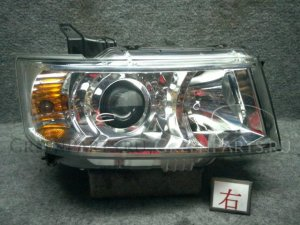 Фара на Suzuki Wagon R MH22S K6AT