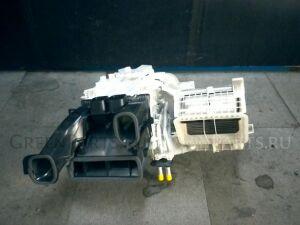 Печка на Toyota Voxy ZRR80G 3ZR-FAE