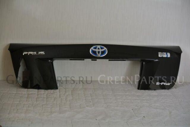 Стоп-планка на Toyota Prius ZVW55