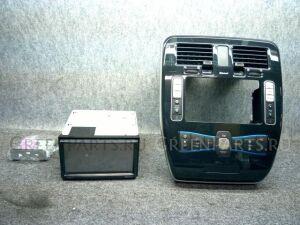 Автомагнитофон на Nissan Leaf ZE0 EM61