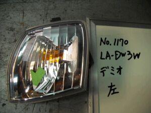 Поворотник к фаре на Mazda Demio DW3W P1002L