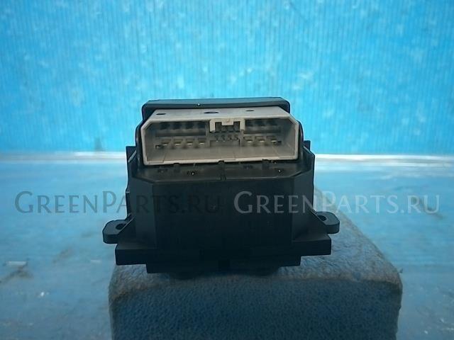 Блок упр-я стеклоподъемниками на Honda Stream RN6 R18A