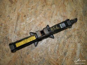 Домкрат на Toyota Camry SXV23 5S-FE
