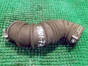 Патрубок воздушн.фильтра на Toyota Corolla ZZE122 1ZZ-FE