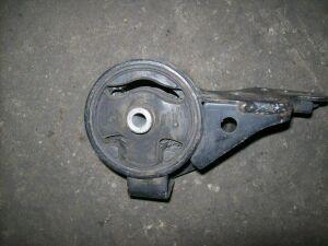 Подушка двигателя на Nissan W10 GA16