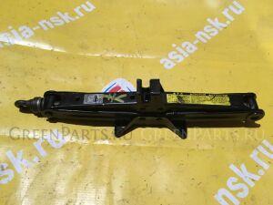 Домкрат на Toyota Probox/Succeed/ist/Ractis/Sienta NCP50/60/80/100