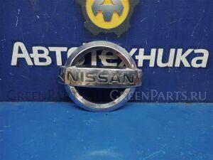 Эмблема на Nissan Primera P12 65890AU010