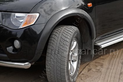 Расширители колесных арок на Mitsubishi L200 во Владивостоке