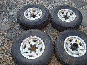 Шины Bridgestone Blizzak DM-V2 265/70R15 всесезонные на дисках Toyota R15