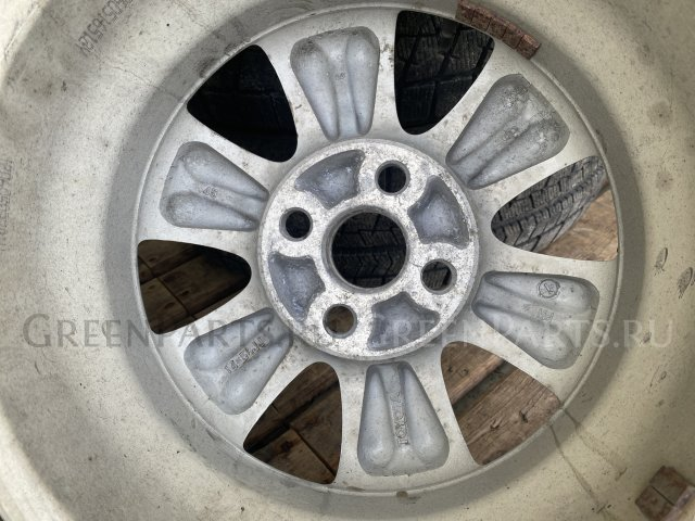 шины Bridgestone 175/65R14 летние на дисках Toyota R14