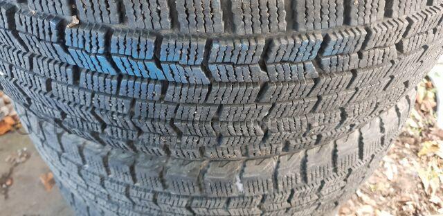 шины япония GOODYEAR 215/60R16 зимние