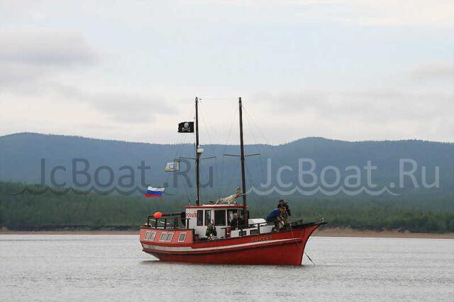 яхта моторная VOLVO PENTA 1990 г.