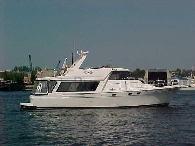 яхта парусная BAYLINER 1994 г.