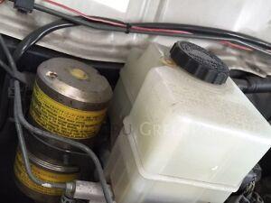 Главный тормозной цилиндр на Toyota Land Cruiser UZJ100 2UZ, 2UZFE