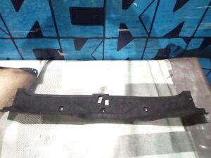 Обшивка багажника на Nissan Cefiro A33