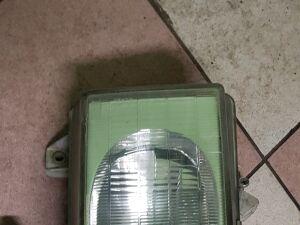 Фара на Mitsubishi Canter FE518, FE638, FE548, FE649, FE658, FE659, FB500, F 37852