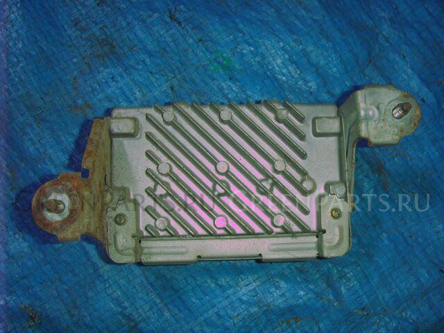 Блок управления рулевой рейкой на Toyota Vista SV33, VZV31, VZV33 8918232010