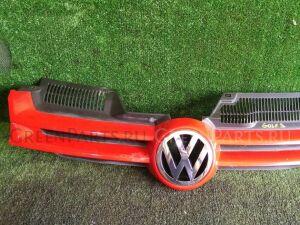 Решетка радиатора на Volkswagen Golf VW GOLF V CAXA 1KO853651