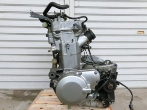 Двигатель zzr400 zx400ke